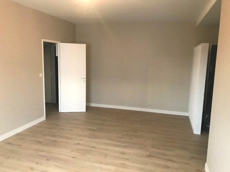 Location appartement Royan 700€ CC - Photo 2