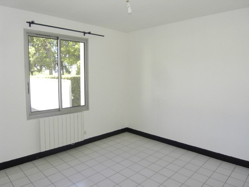 Location appartement Cognac 576€ CC - Photo 4