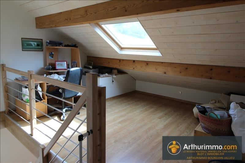 Sale house / villa Bourgoin jallieu 259000€ - Picture 6