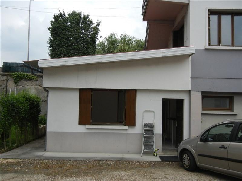 Verhuren  appartement Voiron 381€ CC - Foto 1