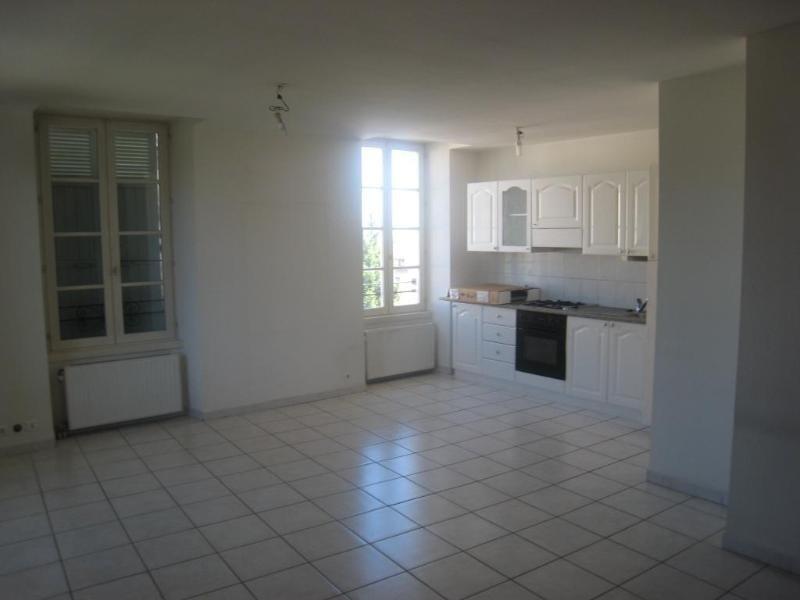 Location appartement La roche sur foron 850€ CC - Photo 4