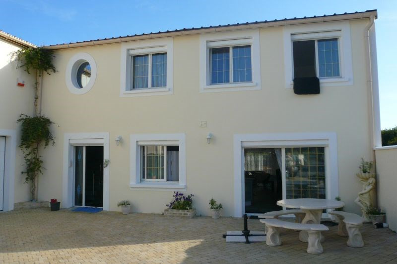 Sale empty room/storage Penchard 750 000€ - Picture 4