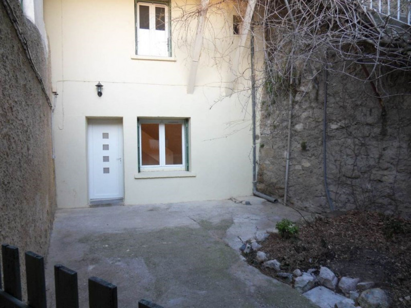 Rental apartment Entraigues sur la sorgue 530€ CC - Picture 1