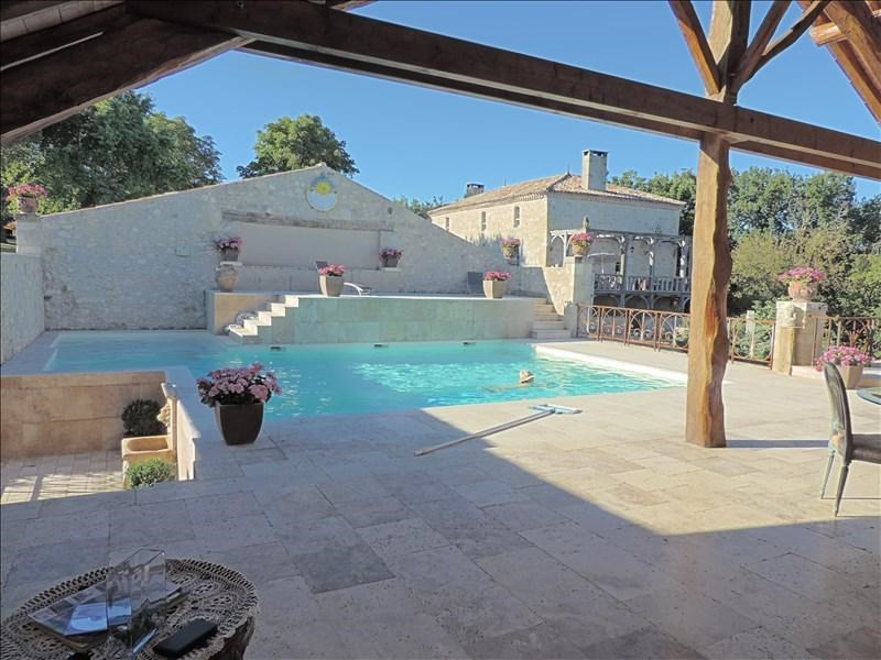 Deluxe sale house / villa Prayssas 892500€ - Picture 1