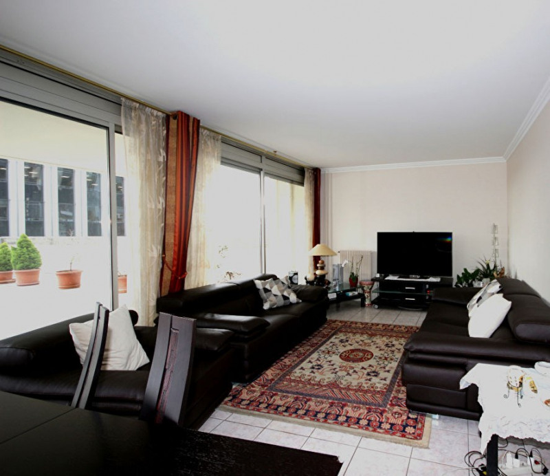 Appartement 5 pièces de 105.40 m² + Terrasse + Cave