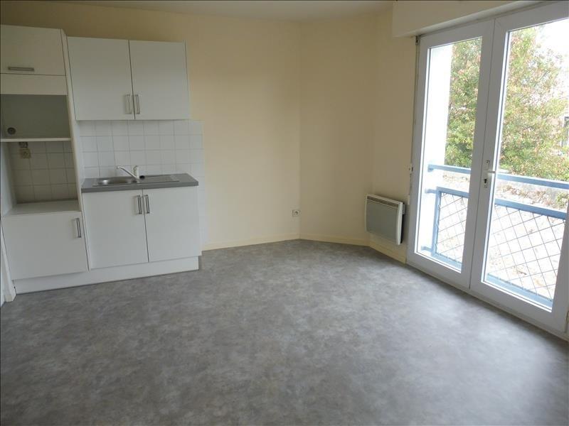Sale apartment La roche sur yon 70000€ - Picture 1