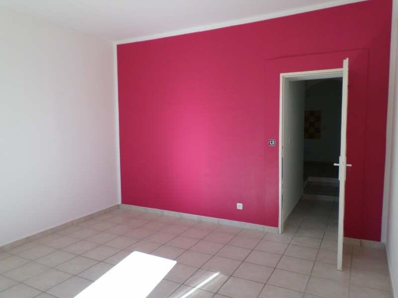 Verhuren  appartement Entressen 665€ CC - Foto 6