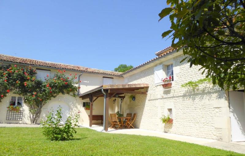 Vente maison / villa Jarnac-champagne 379800€ - Photo 23