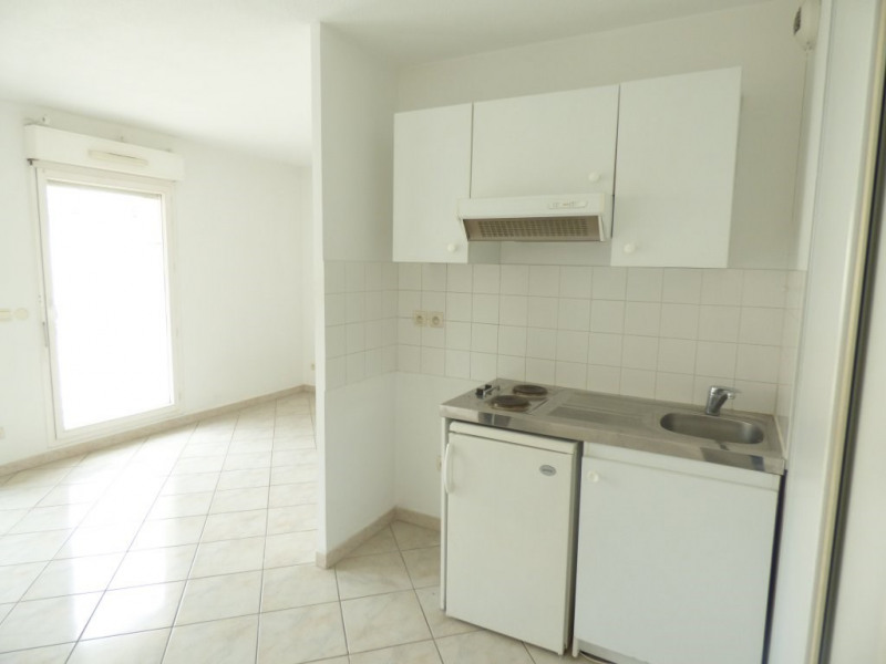 Sale apartment Marseille 6ème 99 000€ - Picture 6
