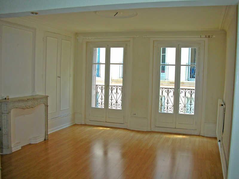 Rental apartment Le puy en velay 351,75€ CC - Picture 1