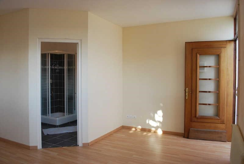 Rental apartment Angouleme 344€ CC - Picture 1