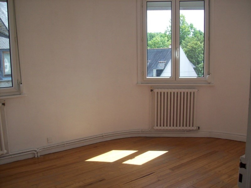 Location appartement Guingamp 590€ CC - Photo 3