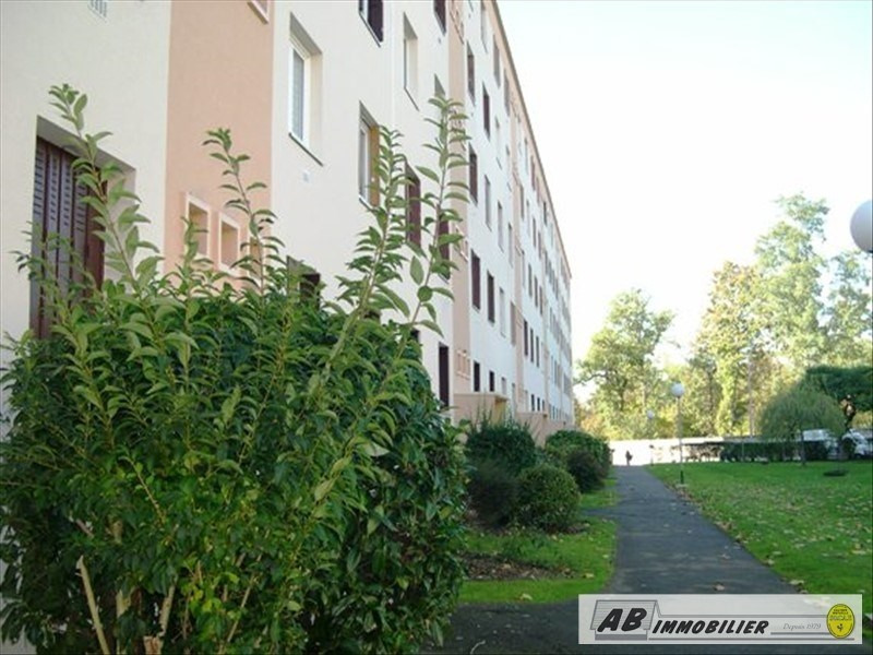 Sale apartment Poissy 99000€ - Picture 1
