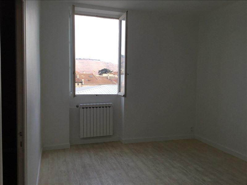 Location appartement Tournon-sur-rhone 460€ CC - Photo 1