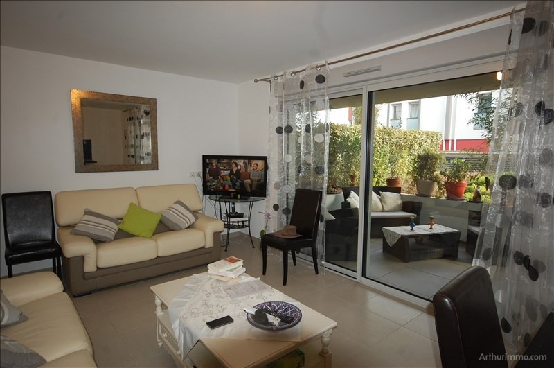 Sale apartment Port- frejus ii 357 000€ - Picture 3