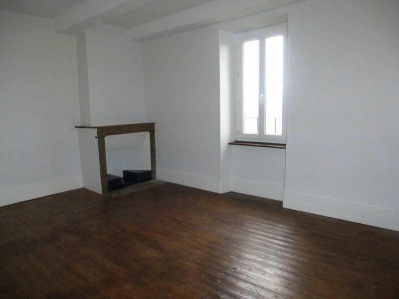 Location appartement Aubenas 325€ CC - Photo 3