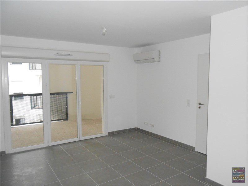 Sale apartment Salon de provence 165000€ - Picture 2