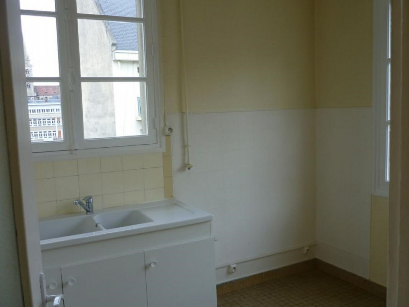 Location appartement Lisieux 495€ CC - Photo 4