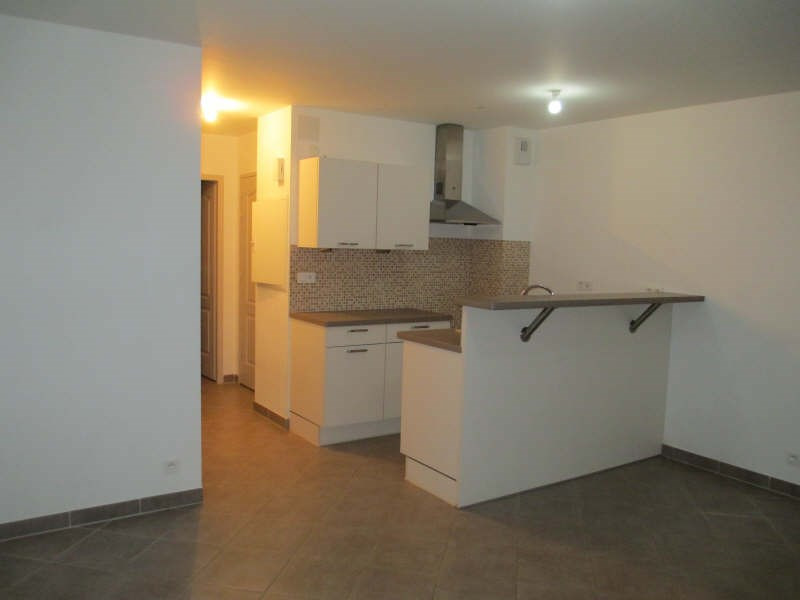 Location appartement Neuilly en thelle 650€ CC - Photo 2