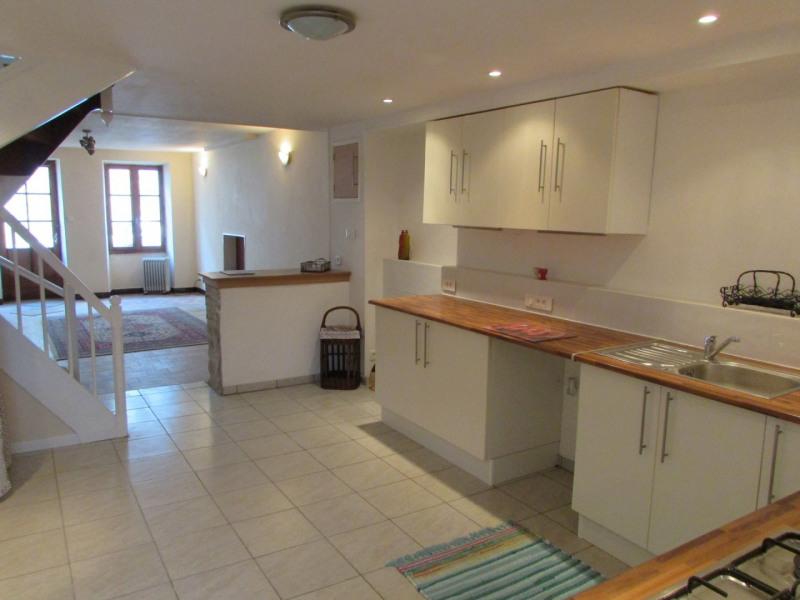 Sale house / villa Beauvais sur matha 60500€ - Picture 2