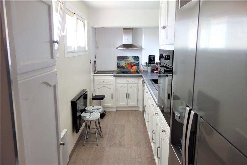 Location appartement Aubagne 910€ CC - Photo 3