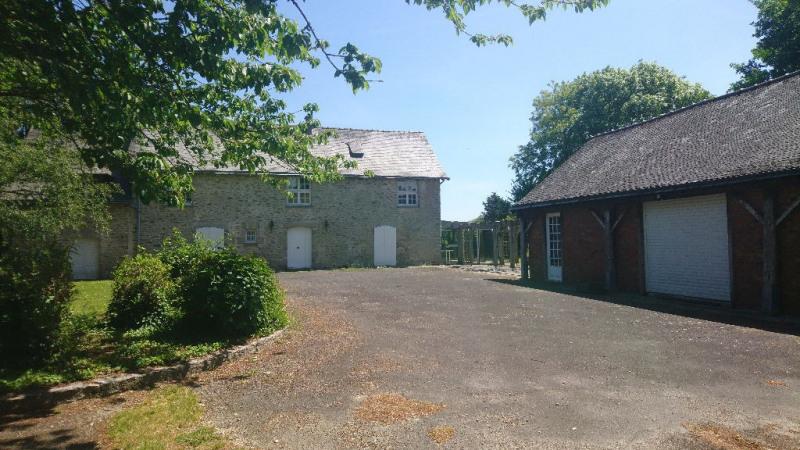 Sale house / villa Laval 408500€ - Picture 2