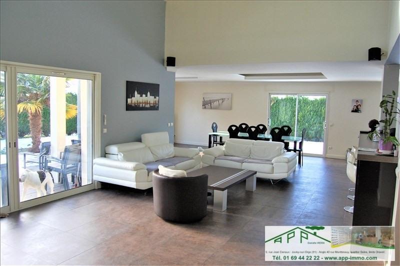 Sale house / villa Fontenay le vicomte 525000€ - Picture 3