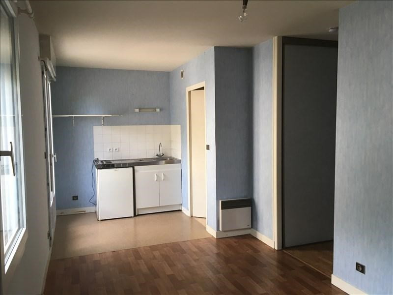 Location appartement Vendome 313€ CC - Photo 2