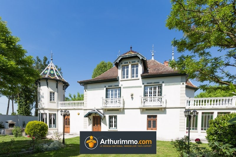 Sale house / villa Morestel 439 000€ - Picture 1