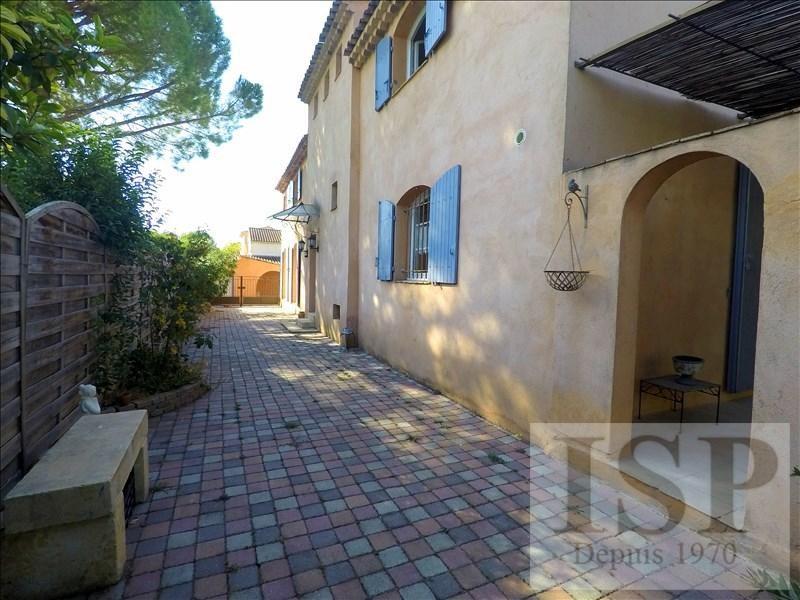 Vente de prestige maison / villa Les milles 630000€ - Photo 2