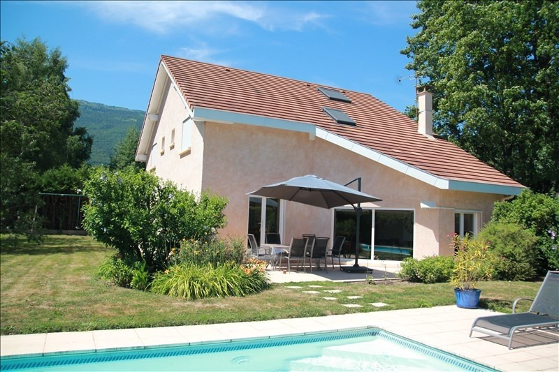 Sale house / villa Sergy 899000€ - Picture 1