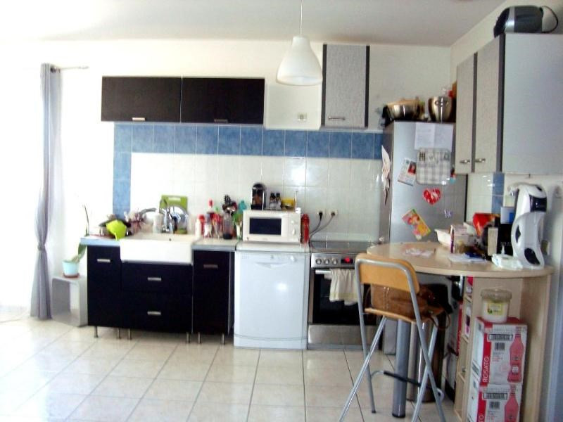 Location appartement Trets 731€ CC - Photo 2