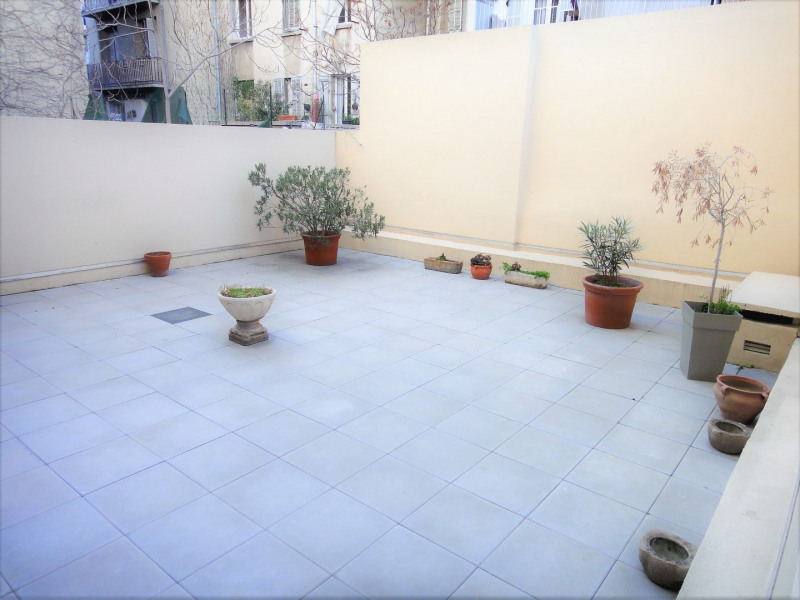 Location appartement Marseille 4ème 750€ CC - Photo 1
