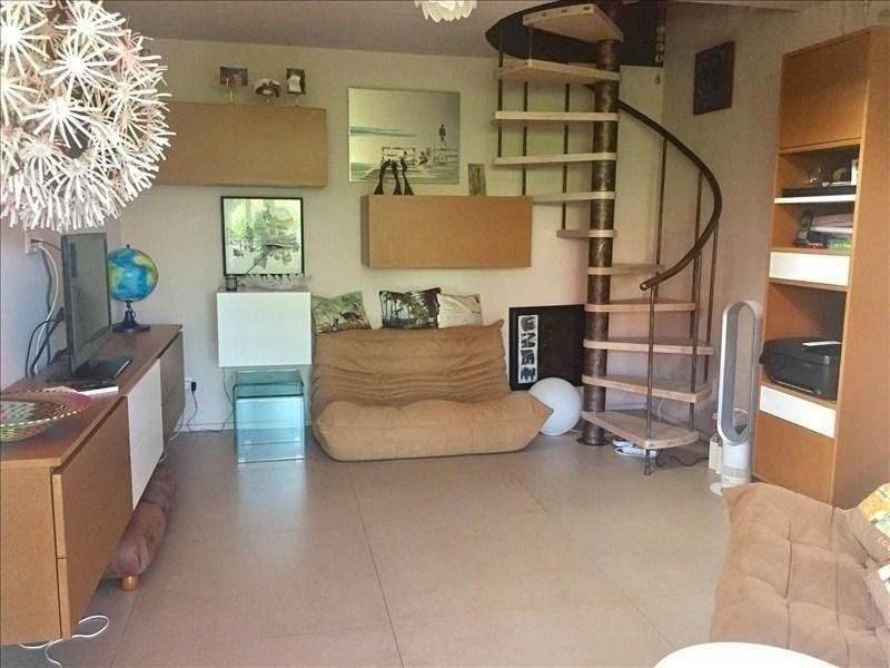 Sale apartment St gilles les bains 320000€ - Picture 1