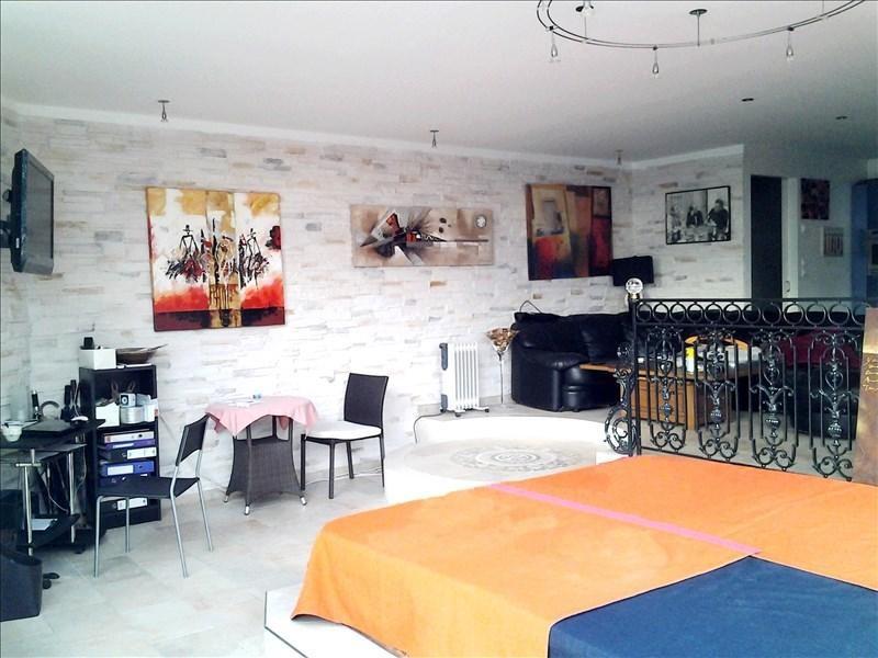 Sale house / villa Vineuil 399500€ - Picture 1