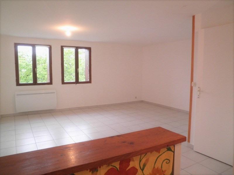 Rental apartment St jean de bournay 520€ CC - Picture 2