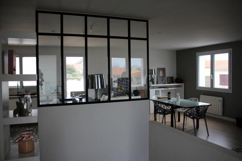 Sale house / villa Chateau d olonne 372000€ - Picture 2