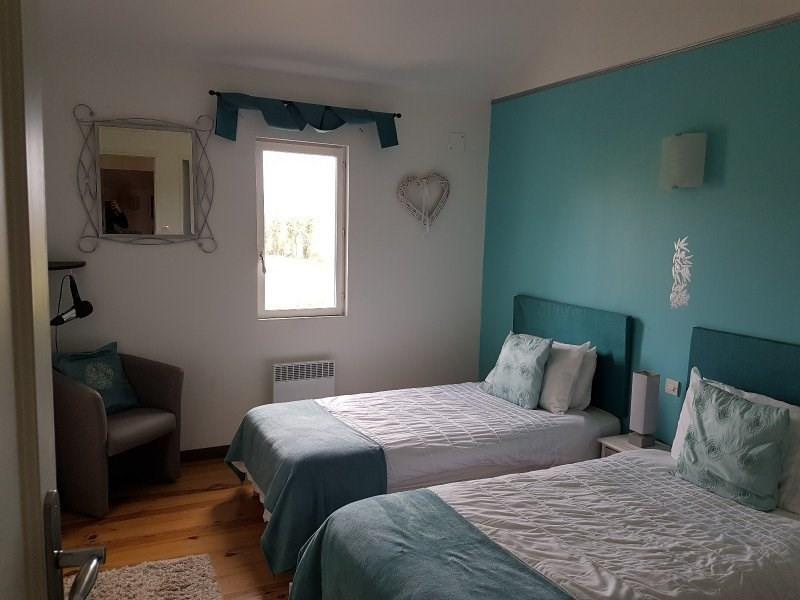 Sale house / villa Sousmoulins 275600€ - Picture 9