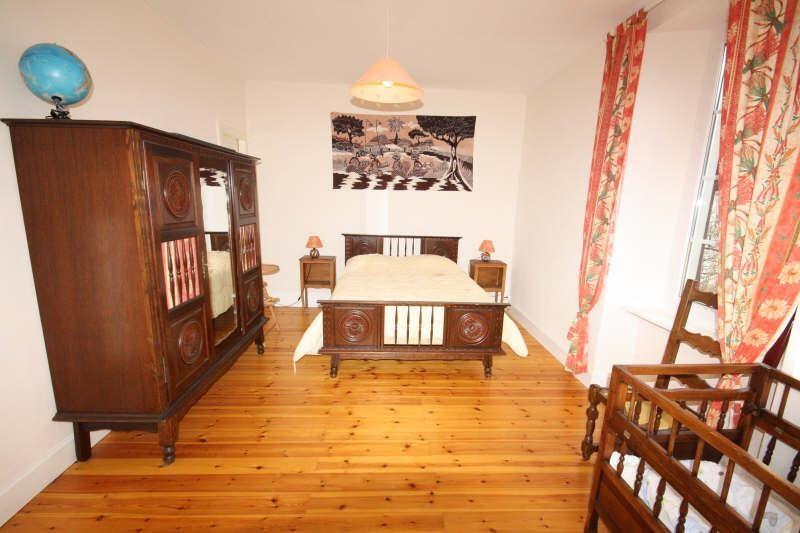 Sale house / villa Ancizan 299250€ - Picture 8