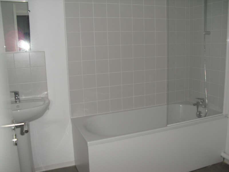 Rental apartment Blaye 268€ CC - Picture 2