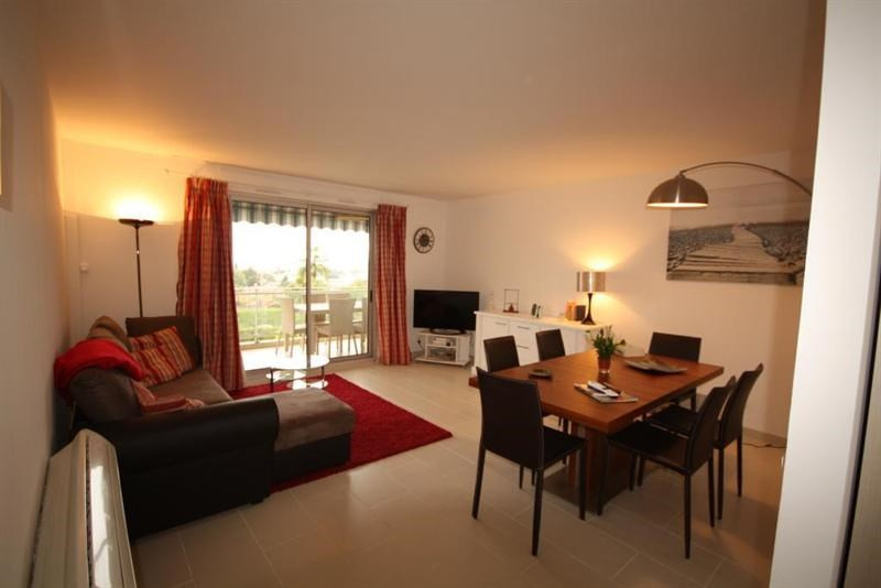 Rental apartment Antibes  - Picture 2