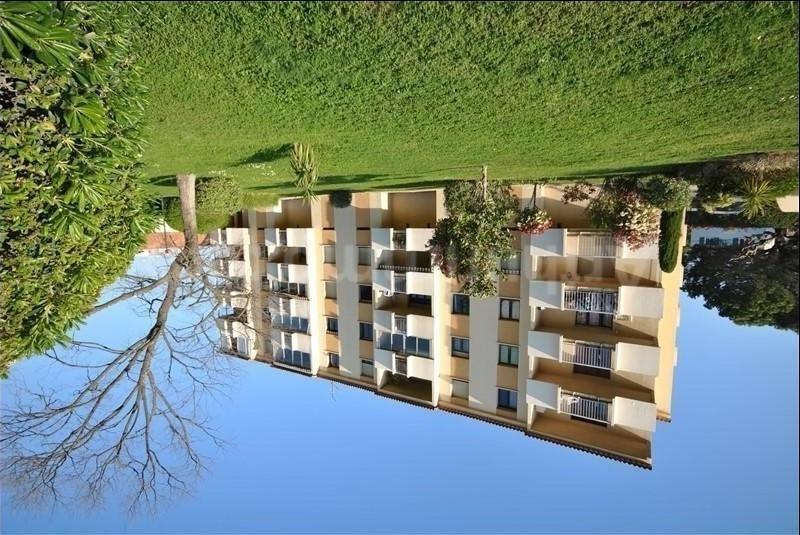 Sale apartment Frejus 169900€ - Picture 1