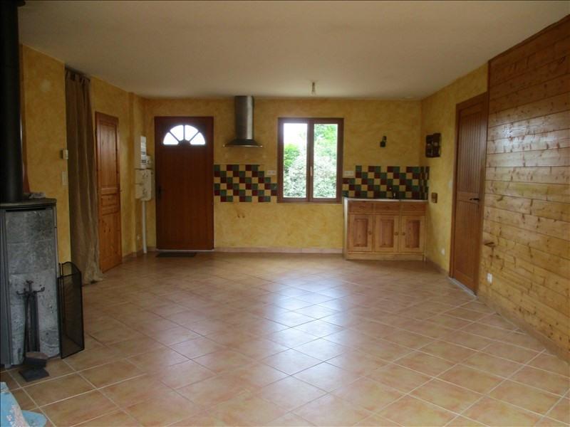 Rental house / villa St pardoult 585€ CC - Picture 4