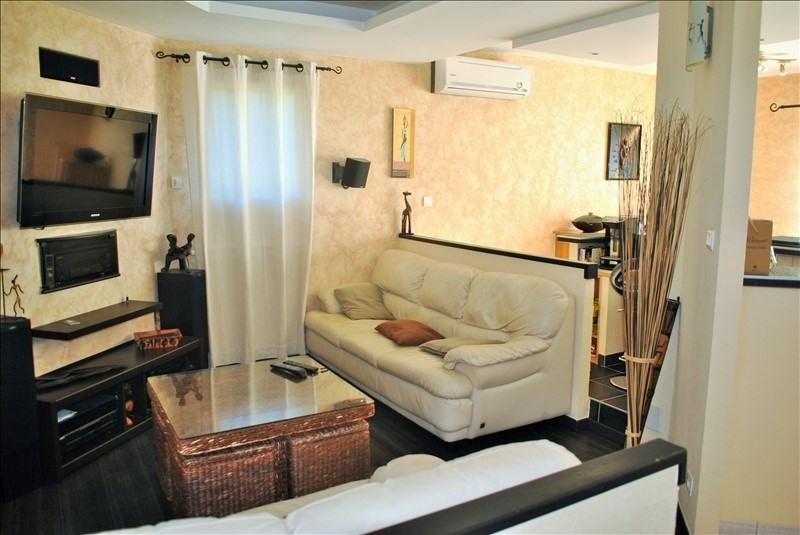 Sale house / villa Roanne 220000€ - Picture 4