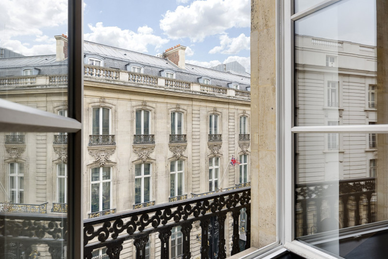 Deluxe sale apartment Paris 8ème 3 080 000€ - Picture 13