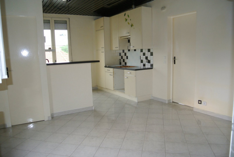 Sale apartment Le raincy 128000€ - Picture 3