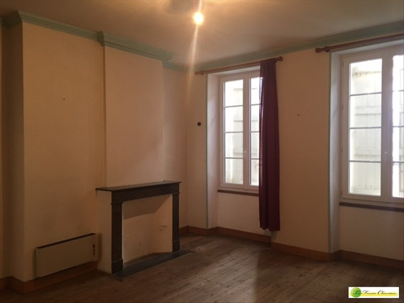Rental apartment La couronne 300€ CC - Picture 6