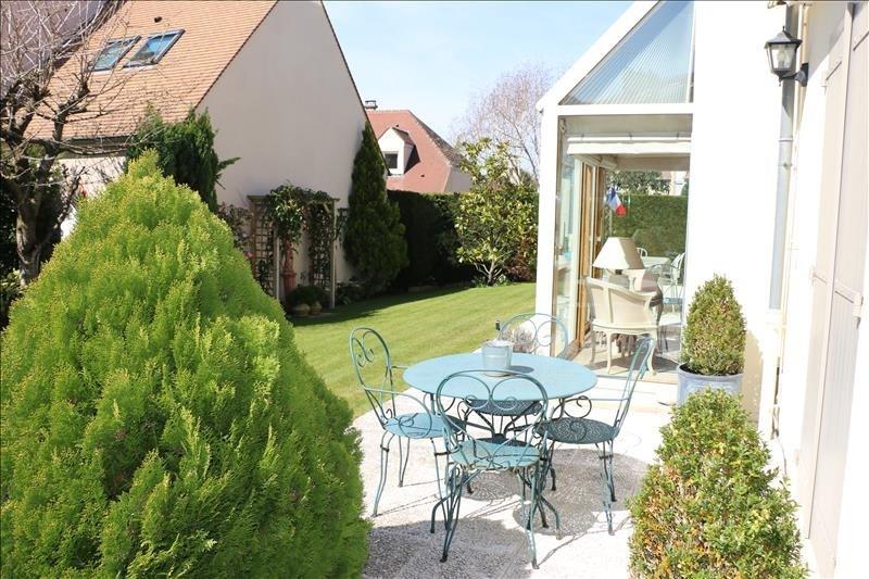Sale house / villa St nom la breteche 840000€ - Picture 3