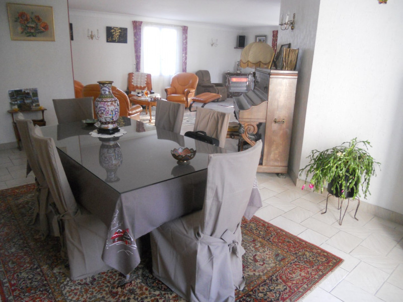 Vacation rental house / villa Royan 1 268€ - Picture 4