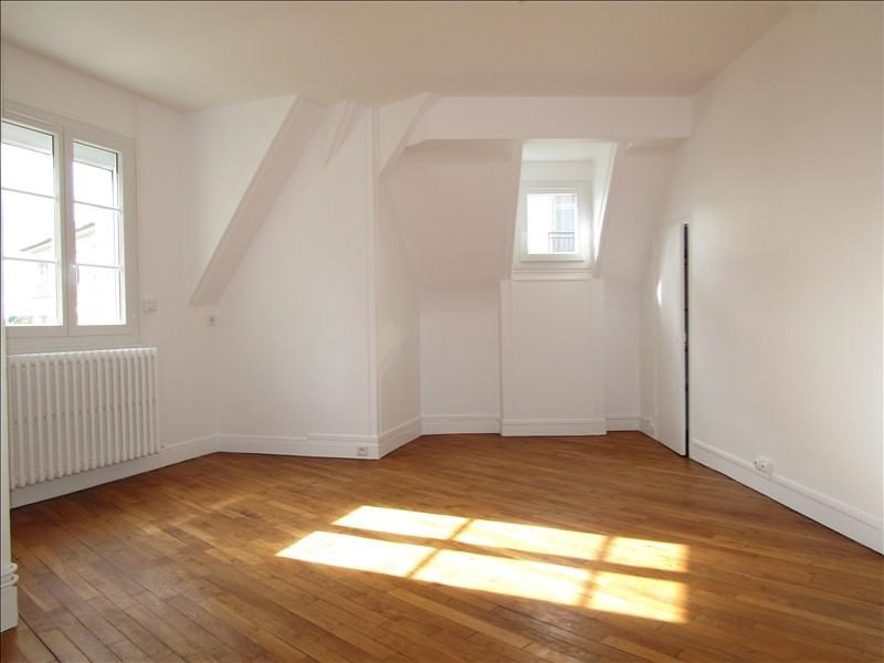 Rental apartment Pontoise 870€ CC - Picture 2